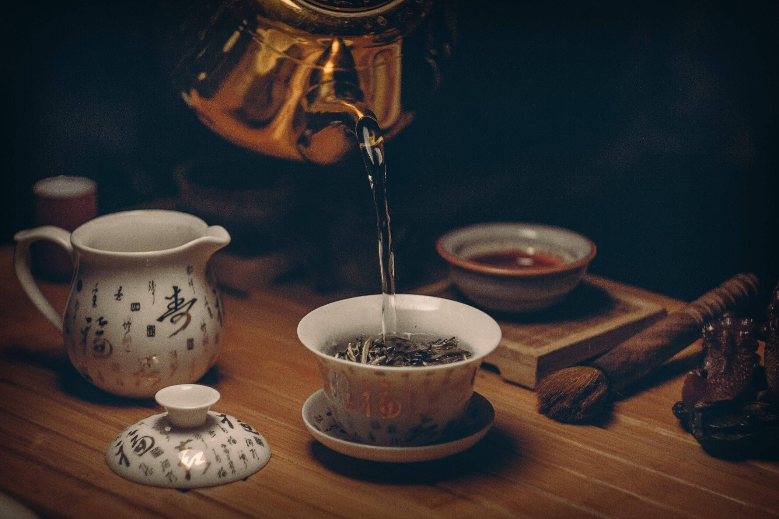 Beratung Tee in Ihrer Apotheke am Mühlengrund - Teemischungen Gesundheit aus der Natur